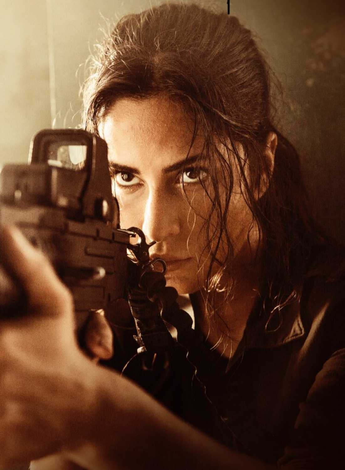 Katrina Kaif is all sniper eyes in new look from Tiger ...