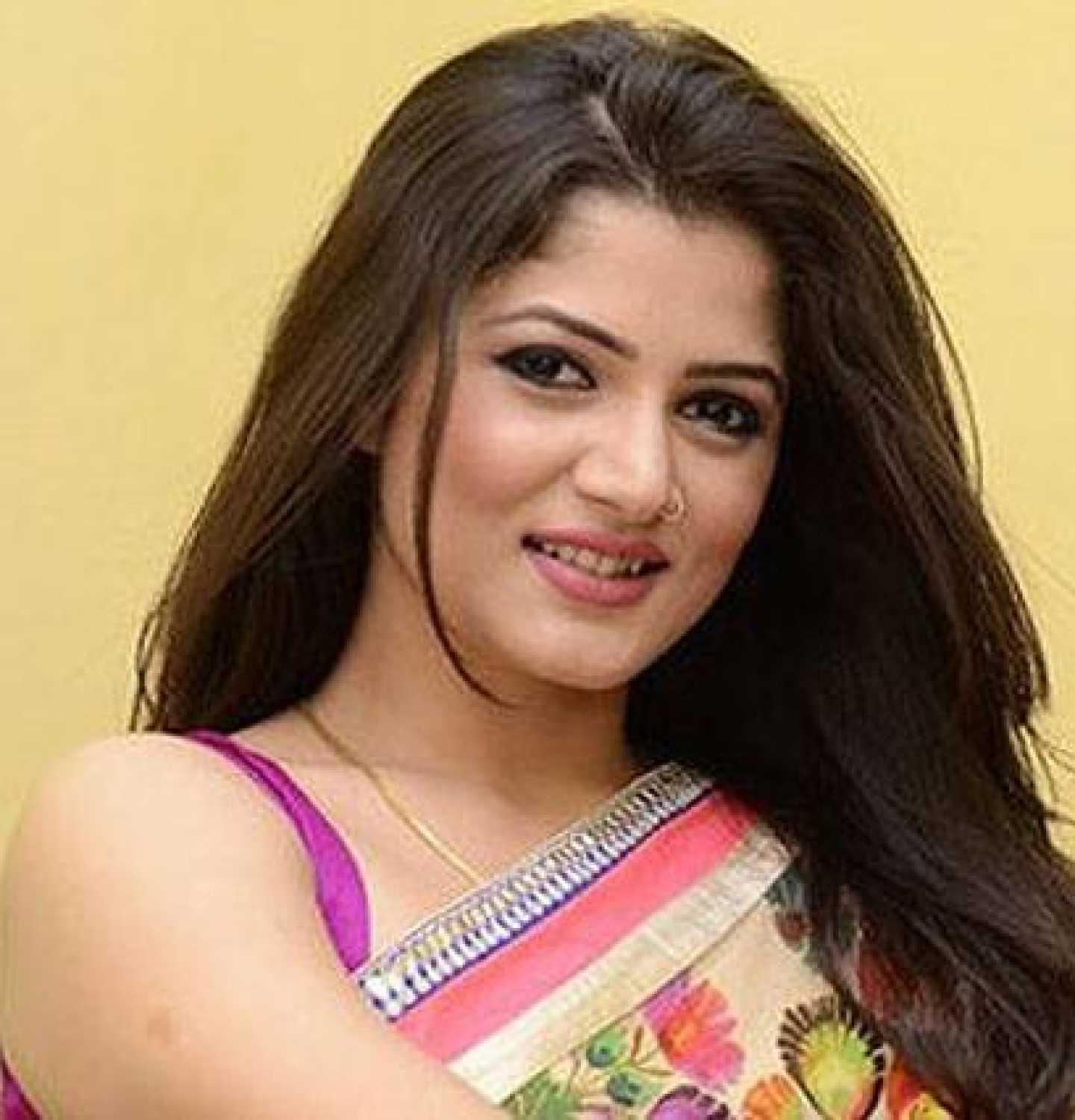 Srabanti Chatterjee nudes (46 photos), Topless, Hot, Twitter, legs 2006