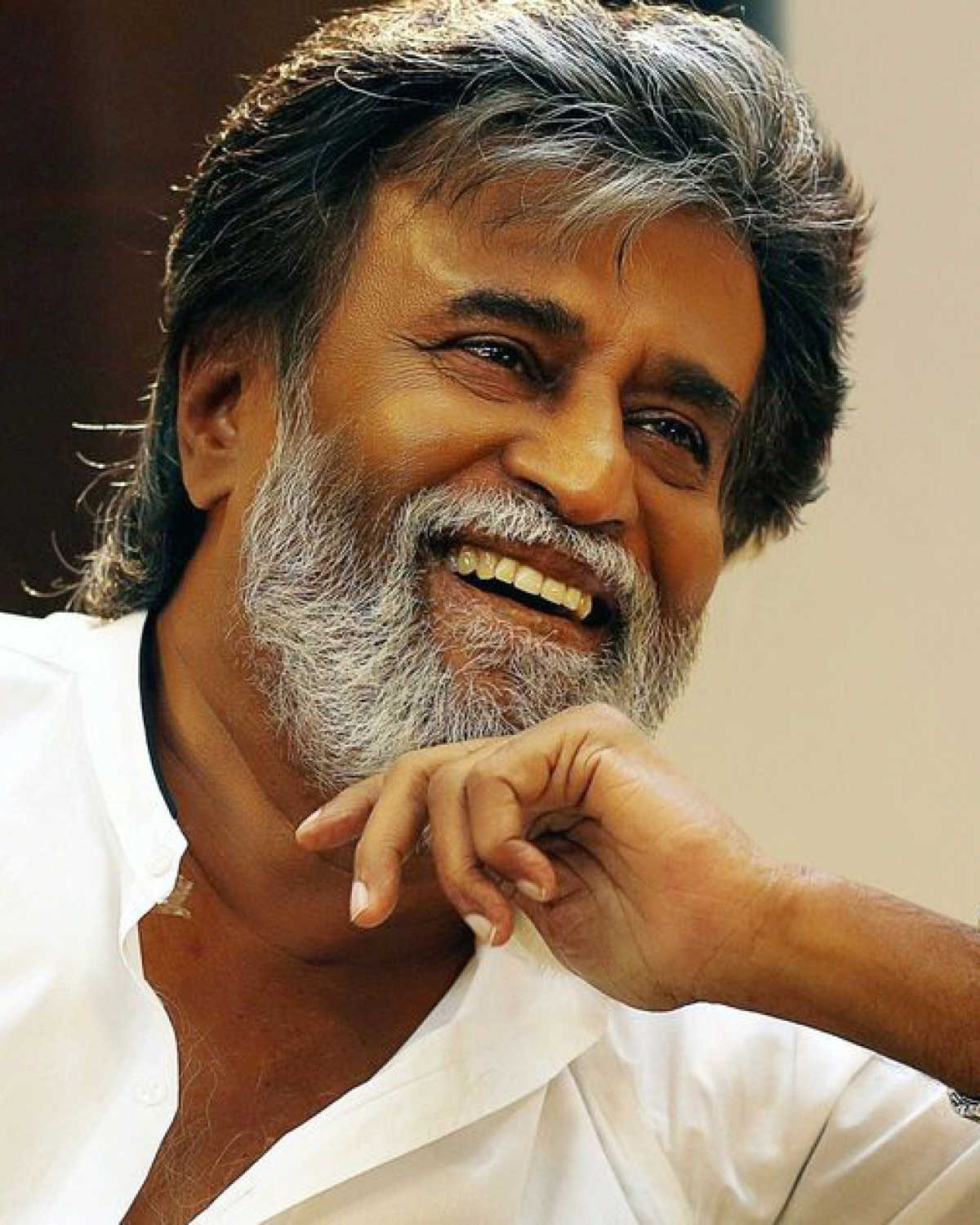 Rajinikanth lashes out at Tamil Nadu CM for skipping Karunanidhi's funeral