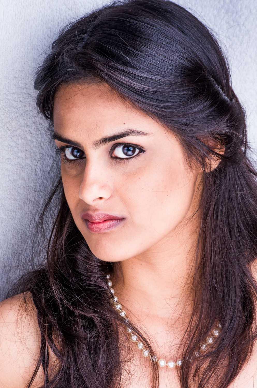 Neha Mahajan movies, filmography, biography and songs