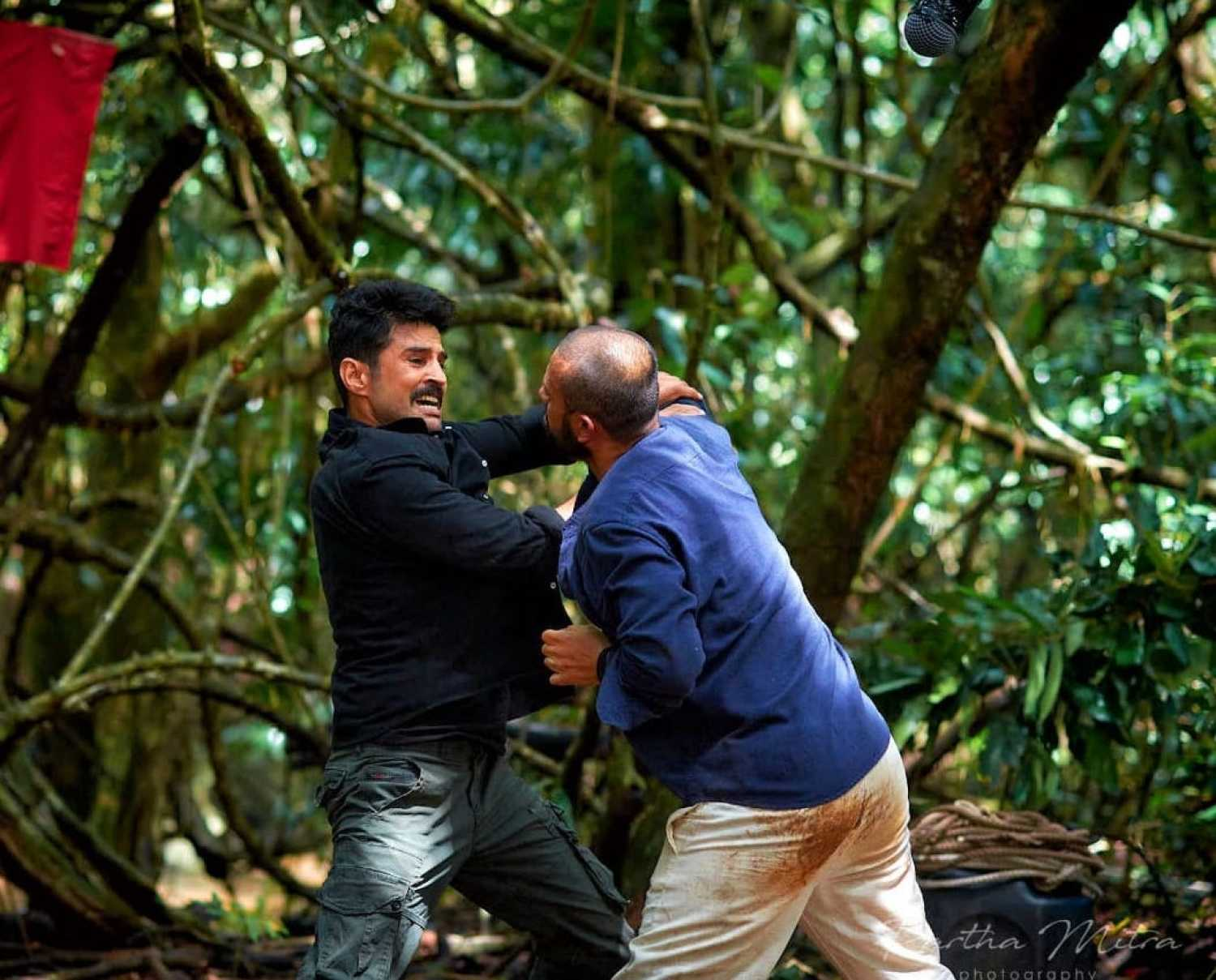 Rajeev Khandelwal faces the challenge of shooting in a jungle in the monsoon for Naxalbari 174727