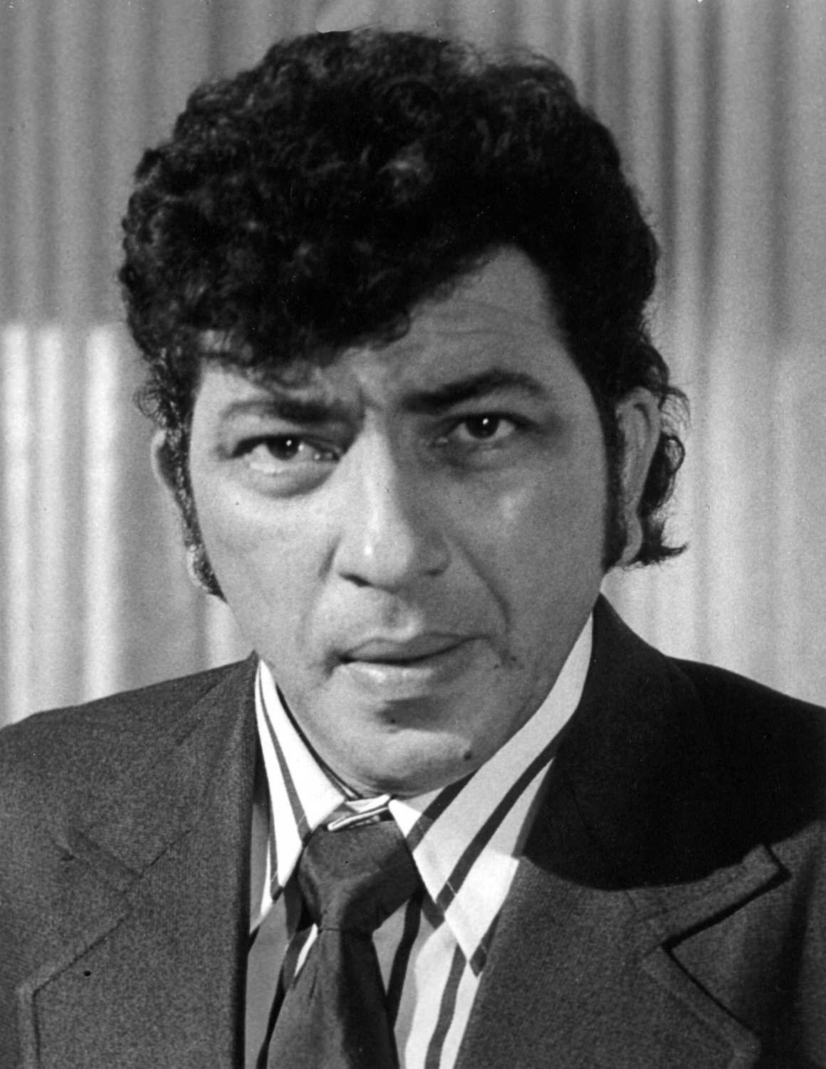 Amjad Khan movies, filmography, biography and songs - Cinestaan.com