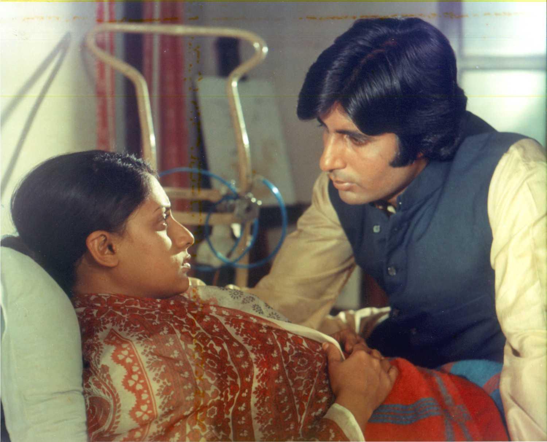 45 years of Mili (1975): Celebrating the childlike exuberance of Jaya  Bhaduri