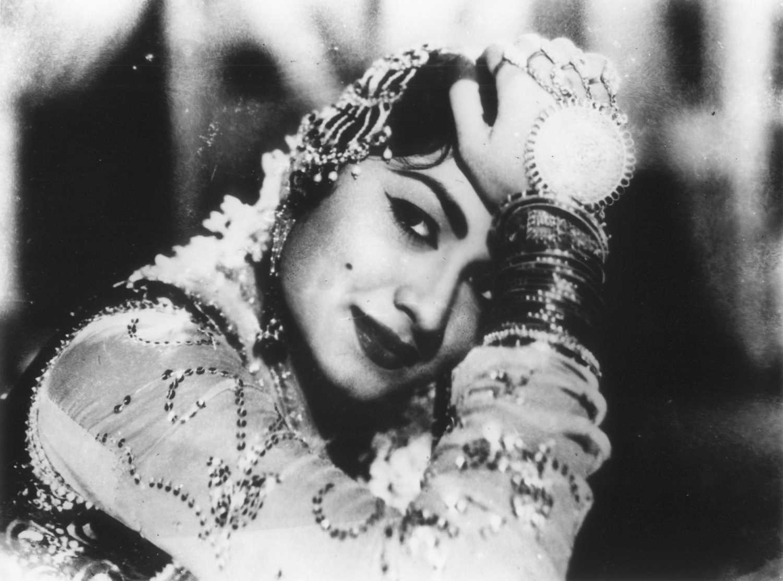 Minoo Mumtaz movies, filmography, biography and songs - Cinestaan.com