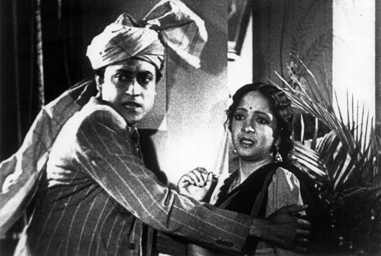 Kismet (1943) - Review, Star Cast, News, Photos | Cinestaan