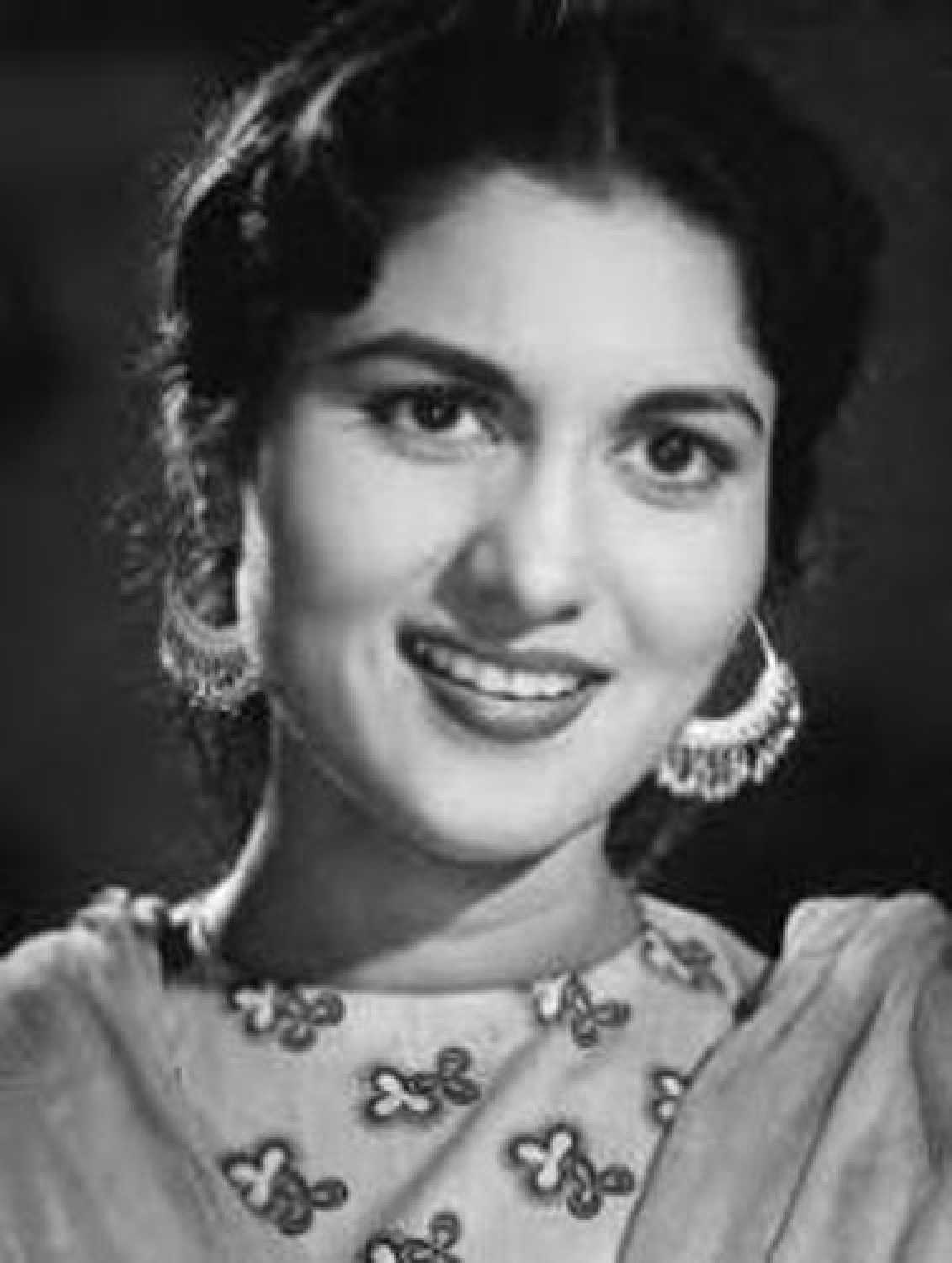 Shashikala Biography, Wiki, Family, Age, Husband, Death Reason or cause, Son, Daughter, Father, Mother, Movies, Awards