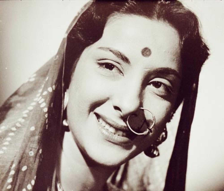 Watch Suhasi Goradia Dhami 2005 video