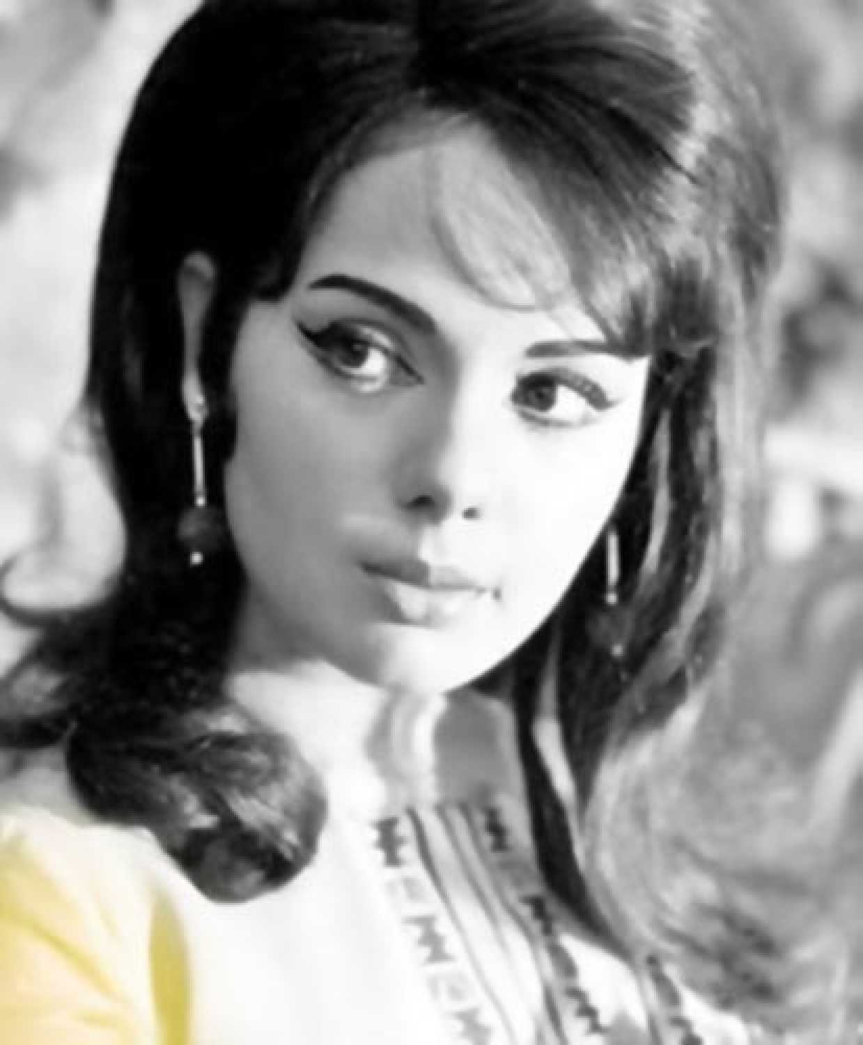 Mumtaz Movies, Filmography, Biography And Songs