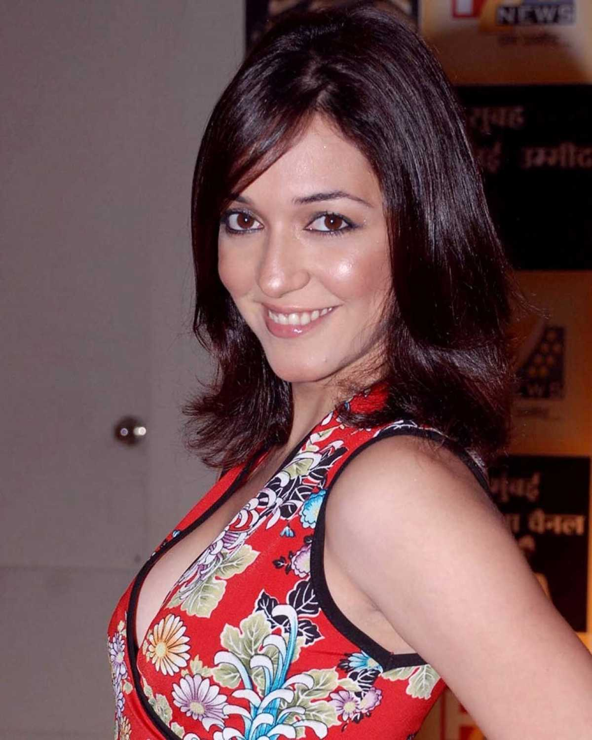 nauheed cyrusi movies, filmography, biography and songs - cinestaan