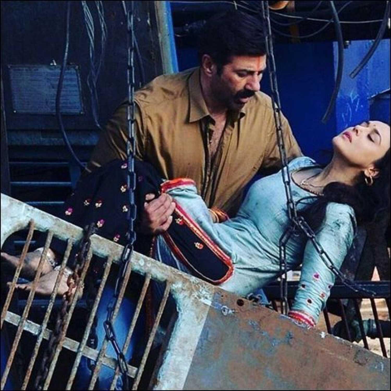 bhaiyyaji superhitt 2018 review star cast news