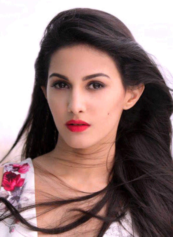 Watch Amyra Dastur video