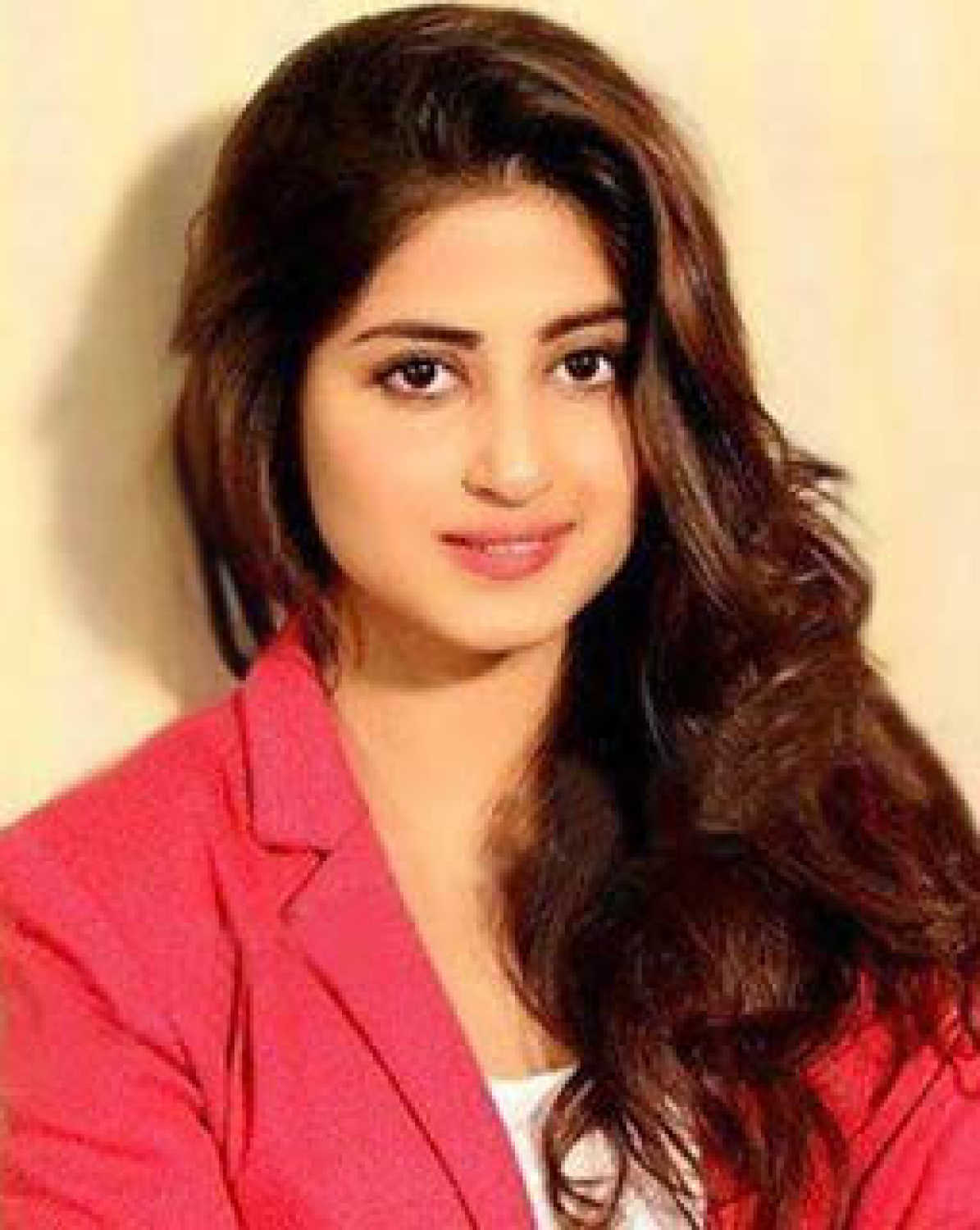 Watch Sajal Ali video