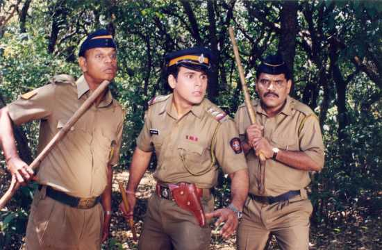 Kishore Nandlaskar photos and images - Cinestaan.com