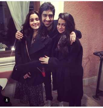 Neetu Kapoor attends Alia Bhatt's birthday bash in Bulgaria