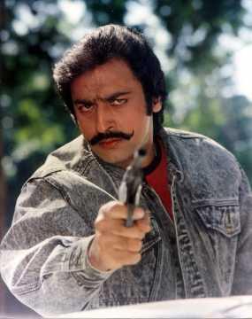 Mashaal (1984) Cast - Actor, Actress, Director, Producer ...  Gulshan
